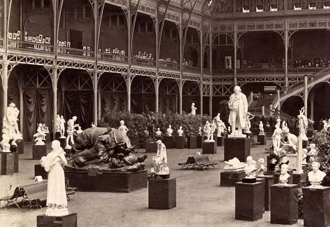 Le salon les lieux d 39 exposition paris - Salon de l industrie paris ...